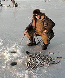 памятник рыбакам в усть-камчатске